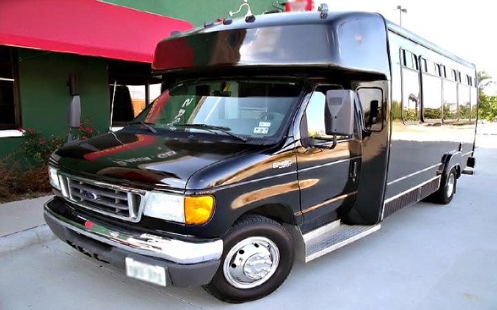 Maitland 22 Passenger Party Bus